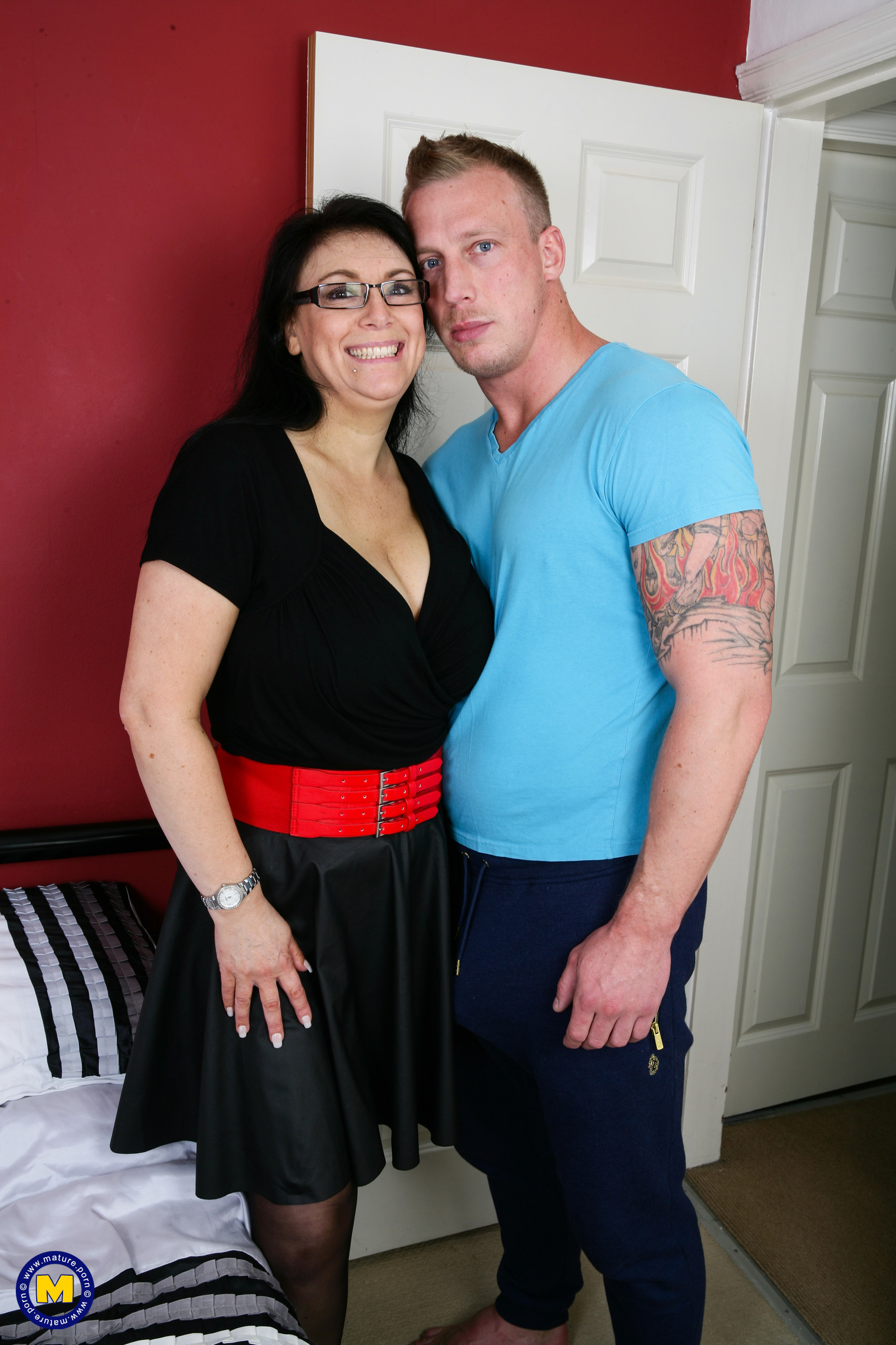 Huge jugged British housewife fooling around with the man next door